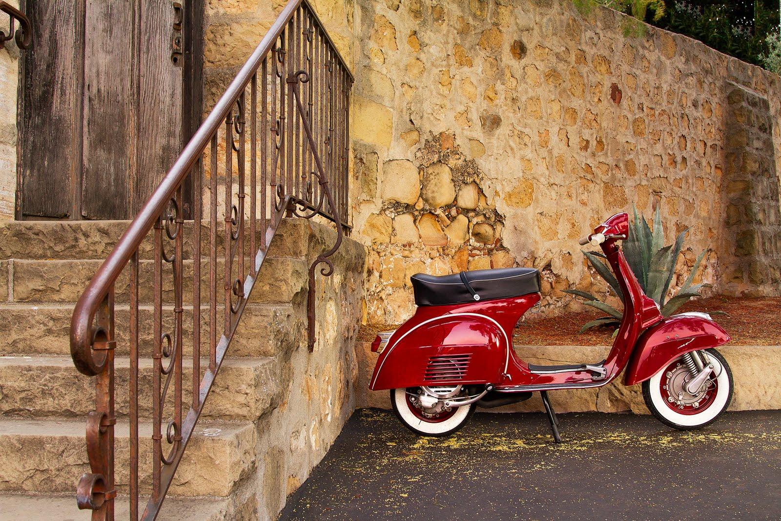 Bloggin vespa rare vespa photos of the day roxyvespa for Vespa com italia